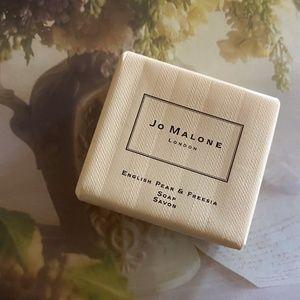 JO MALONE | English Pear & Freesia Soap